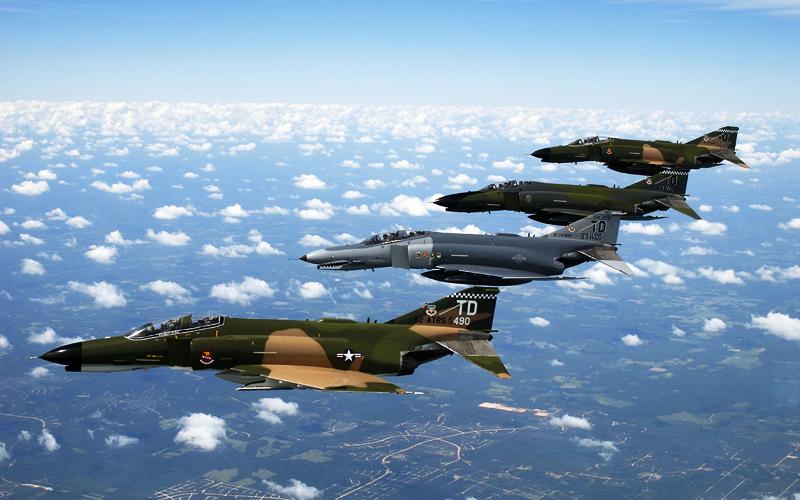 Истребитель F-4 Phantom-2